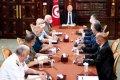 تونس على شفير مواجهة في الشارع