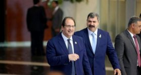 نتنياهو يطالب بجنوده الأسرى.. عباس كامل ...