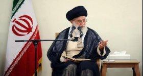 """إيران تنفي رسالة """"سريّة"""" من خامنئي ..."""