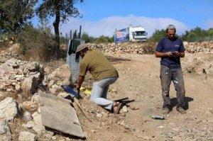 مستوطنون يهاجمون مناطق في نابلس والخليل
