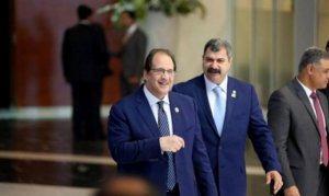 نتنياهو يطالب بجنوده الأسرى.. عباس كامل يصل غزة الاثنين