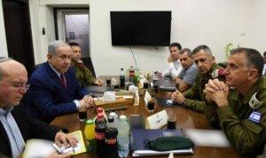 """نتنياهو يستبعد الجيش من طاقم تطبيق """"صفقة القرن"""""""