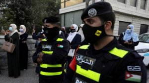 الأردن: 2000 إصابة بكورونا في مصنع بمدينة العقبة
